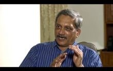 Defence Minister Parrikar holds discussions with industry representatives
