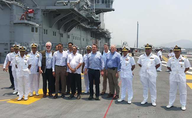 Manohar Parrikar, Ashton Carter Visit Naval Base At Karwar, INS Vikramaditya