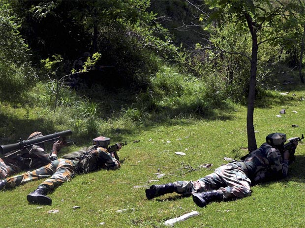 Pakistan violates ceasefire in Poonch, heavy gunbattle underway