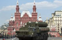 Putin deploys Russia's most advanced air-defence missiles in Crimea as alarm grows war is imminent