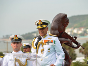 navy-chief-sunil-lanba-et