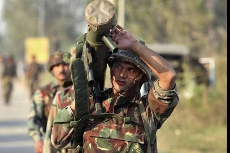 हथियारों का भारतीयकरण नहीं करने के खतरे और निर्यात के विकल्प की तलाश