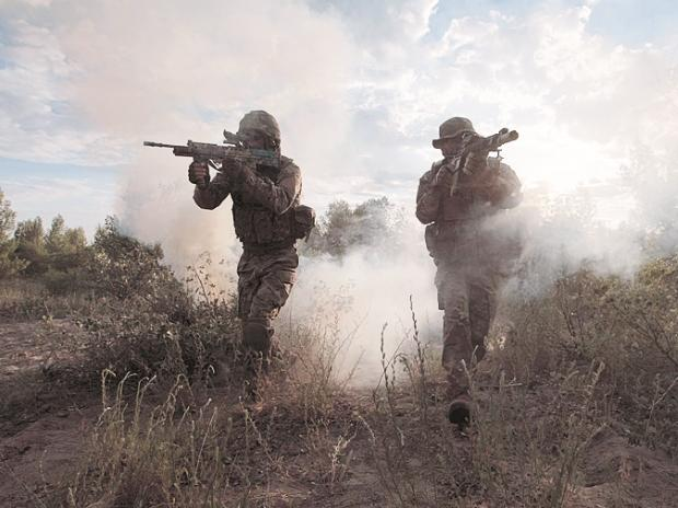 Foreign Rifles Trump 'Make in India'; Army Shutting Down High-Tech Project
