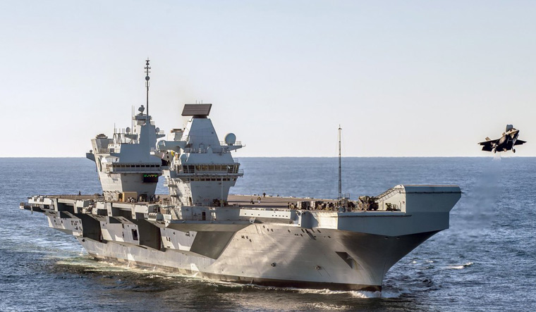 UK Mulls 'Basing' Warships in India, Plans Aircraft Carrier Cooperation