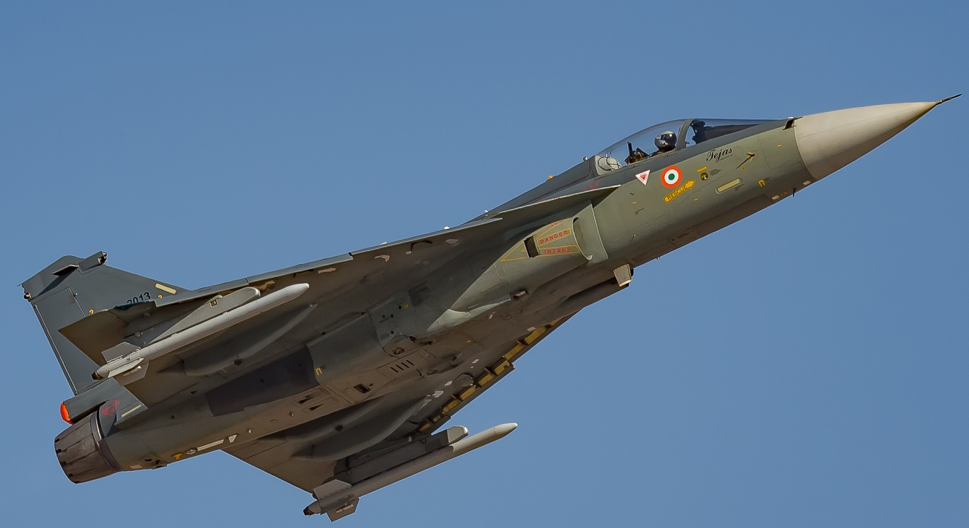 Here's why Former Navy Chief Wants India's Next Raksha Mantri to Personally Guide Tejas