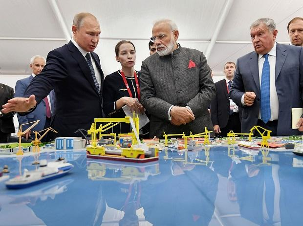 Russia, already India's biggest arms supplier, in line for more