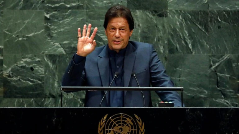 Imran Khan Brings Up Kashmir, Repeats War Rhetoric in Hour-Long UNGA Rant