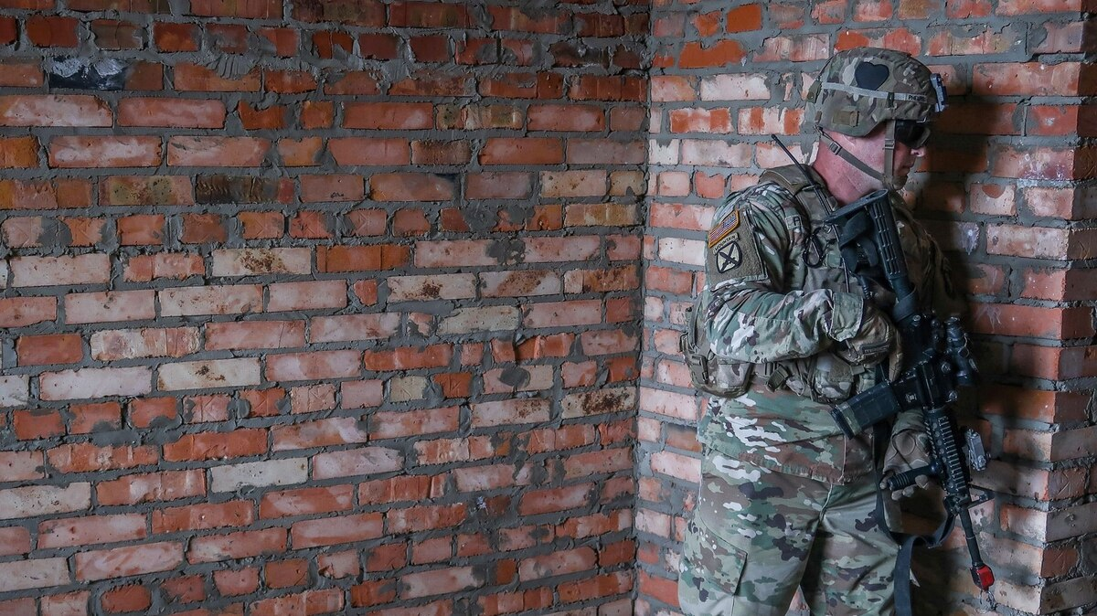 This Device Could Help Soldiers See Through Walls in the Urban Fight