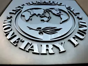 IMF Team in Pak to Review Performance