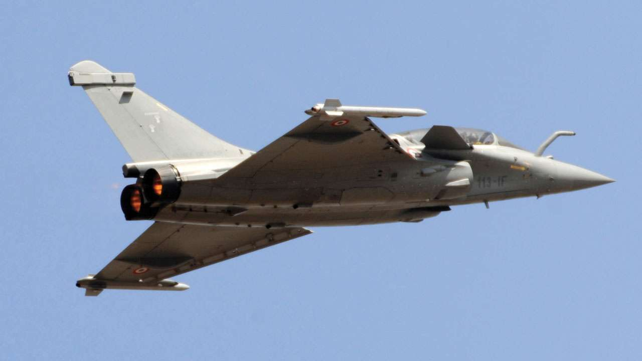 Rafale, S-400 System to Enhance India's Combat Power