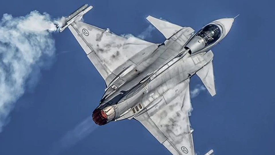 Sweden Pitches Gripen as 'Extremely Cost Effective' Option for India's Fighter Jet Programme