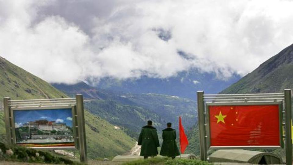 Indian, Chinese Officials to Meet Today for Talks on Border Issue