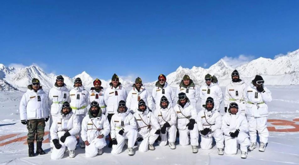 Army provides 1 lakh kit to jawans deployed around Siachen glacier