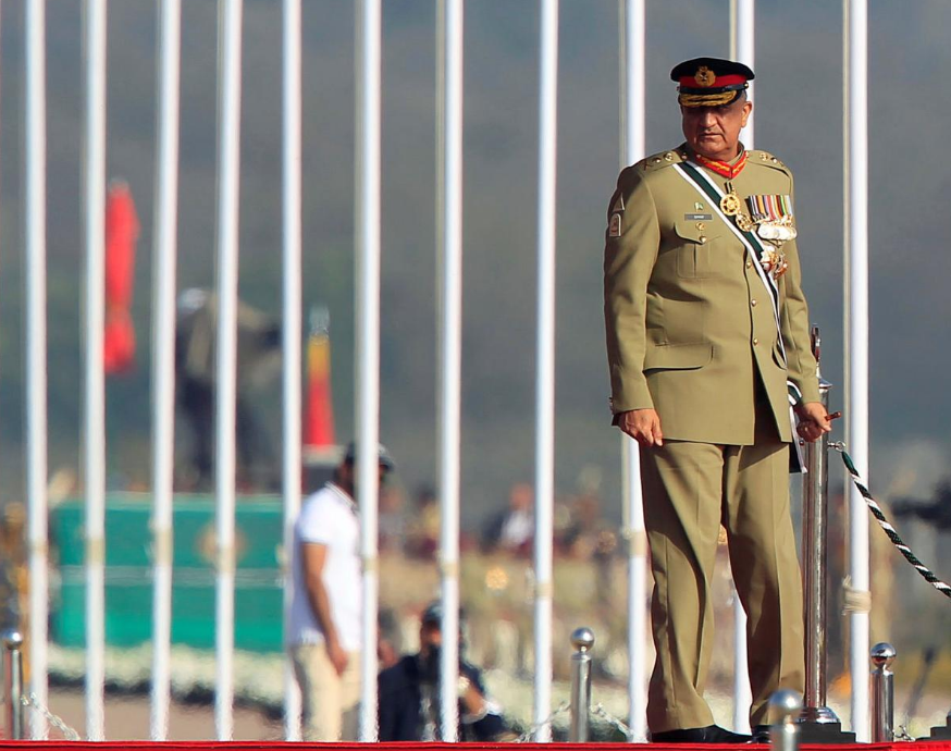Pakistan's Parliament Approves Extending Term of Army Chief