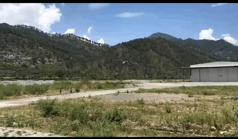 Watch: Indian Air Force Lands IAF's Mi17 Chopper, AN-32 Aircraft Near Indo-China Border in Uttarakhand