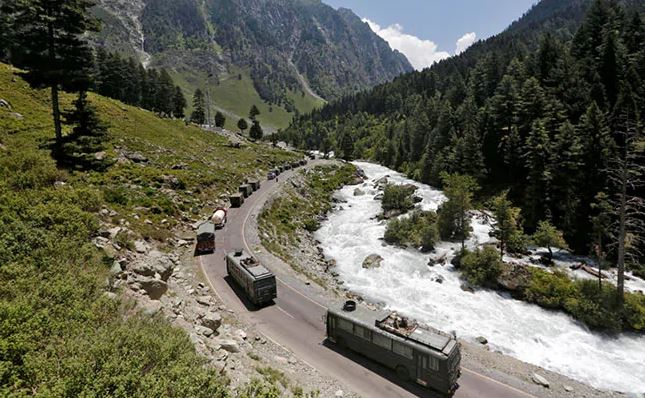 Army Preps For Winter In Ladakh, Biggest Operation In Decades To Stock Up