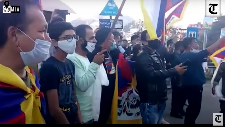 Tibetans Give Warm Send-Off to Special Frontier Force on Way to Indo-China Border