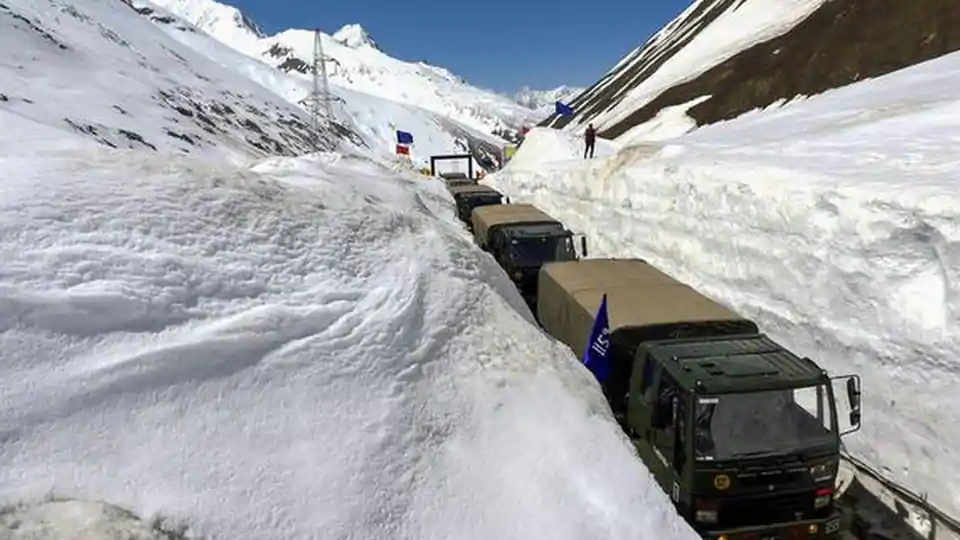 Road to Daulat Beg Oldi will Allow Tank Movement by Oct 15 as Army Prepares for Ladakh Winter
