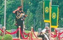 Naravane Meets B'desh Navy, Air Force Chiefs; Holds Def Talks