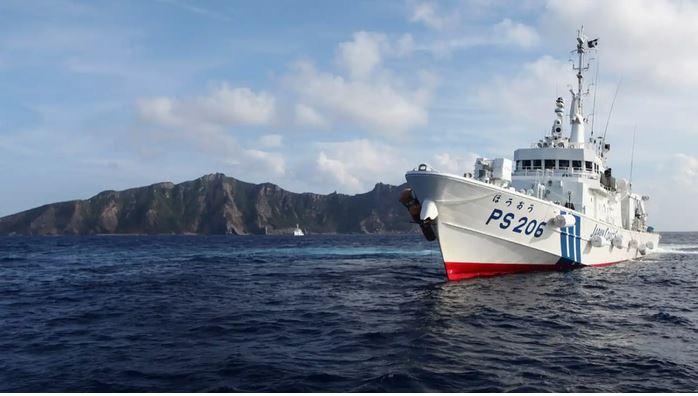 Japan weighs Senkaku options as Chinese coast guard gets new power