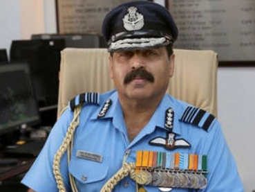 Amid Chinese Drills Across LAC, IAF Chief Visits Ladakh To Review Operational Preparedness