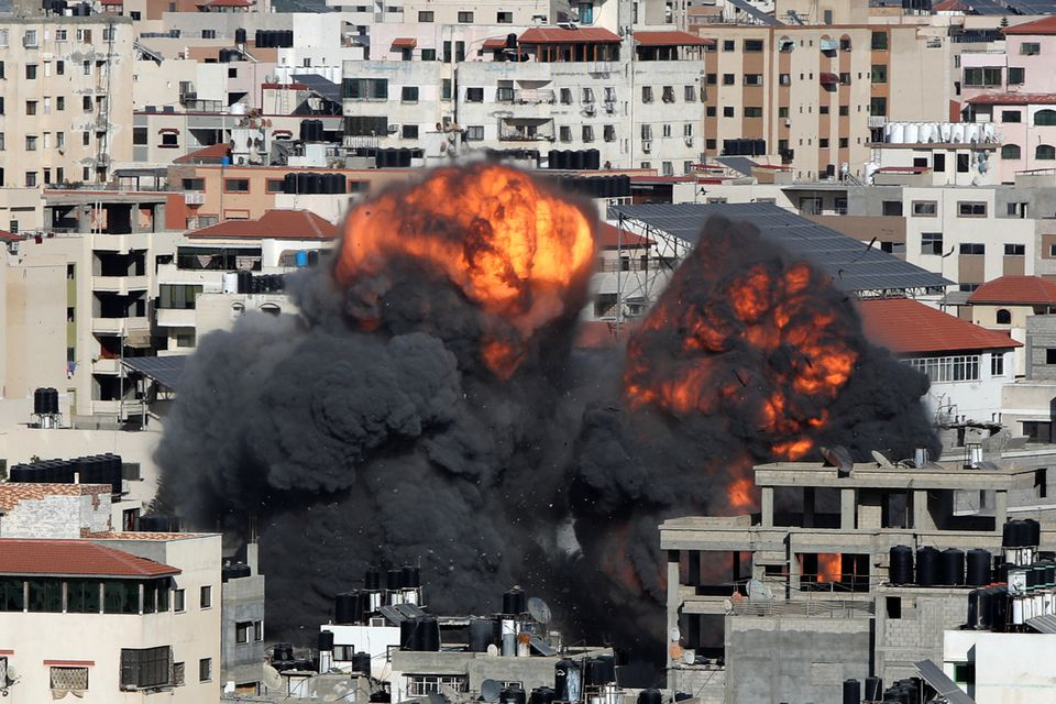 Israel Pounds Gaza To Curb Palestinian Militants But Rockets Still Fly