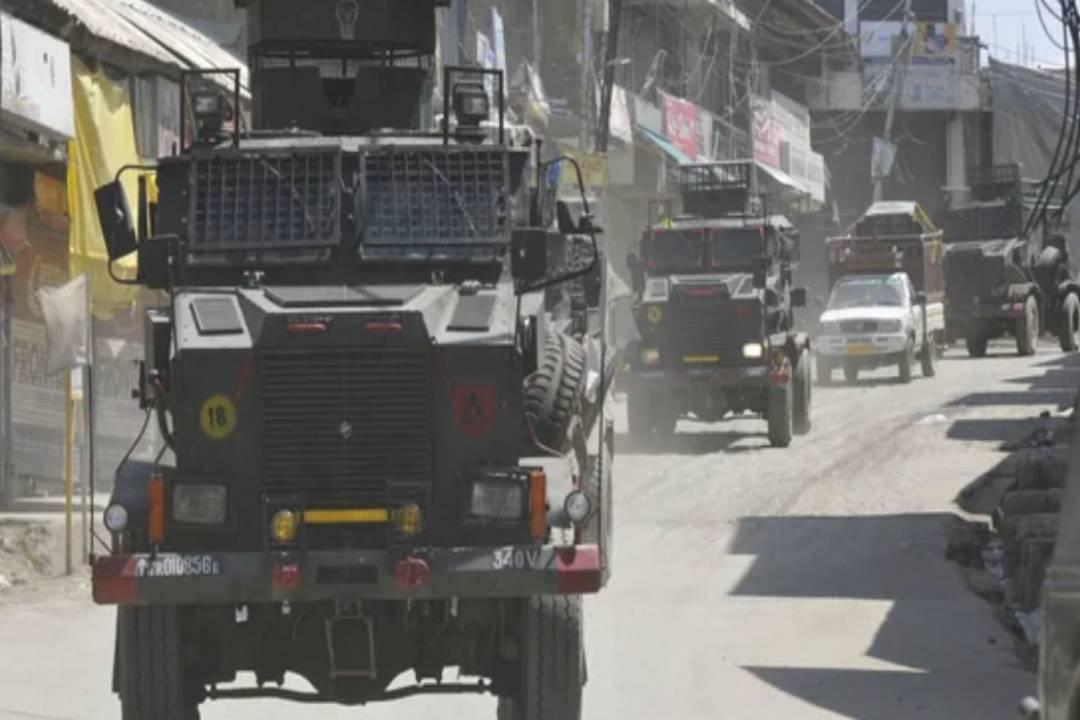 Grenade Attack Injures Nine in Jammu and Kashmir's Pulwama