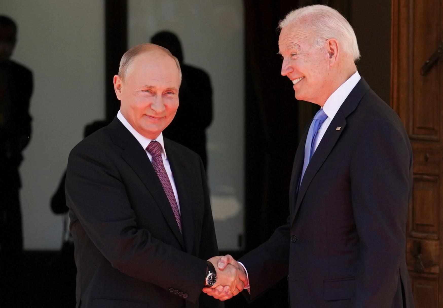 Analysis: Biden Talks Down Russia, Spurs Allies in Bid to Back Putin into a Corner
