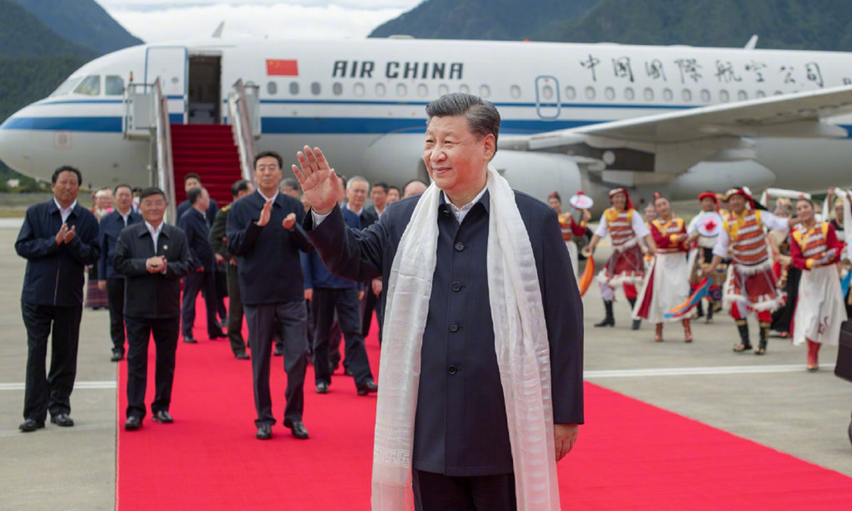 Xi inspects Tibet, first time in Party's, country's history