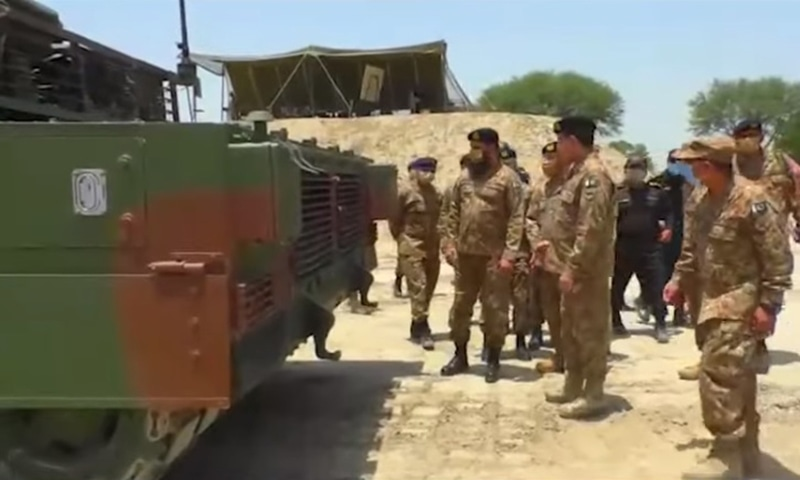 Pakistan Army Inducts First Batch Of VT-4 Battle Tanks