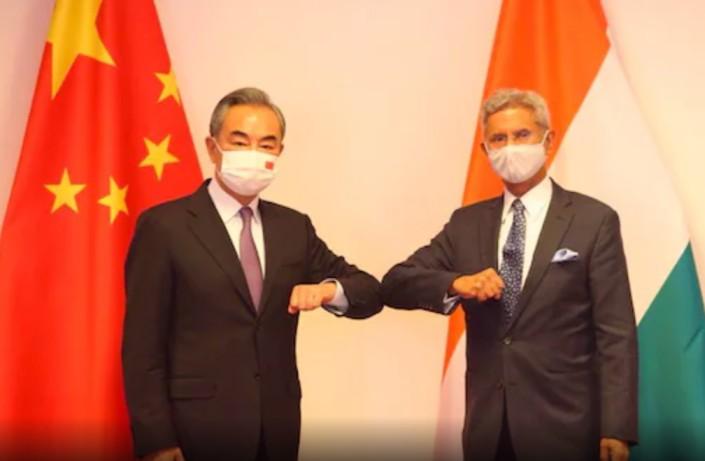 Jaishankar, Chinese FM Wang Yi Meet at SCO Summit, Talk 'Outstanding' LAC Issues