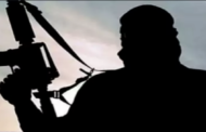 '25 INDIANS WITH ISIS LINKS WAITING TO SNEAK INTO INDIA'
