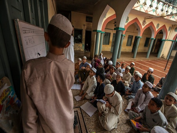 Pakistan witnessing rise of three-way Islamist turf war within Sunni Islam