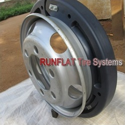 Runflat System for Armored Bus
